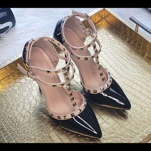 Wild Diva Studded High Heel Shoe SZ 7 1/2 Black